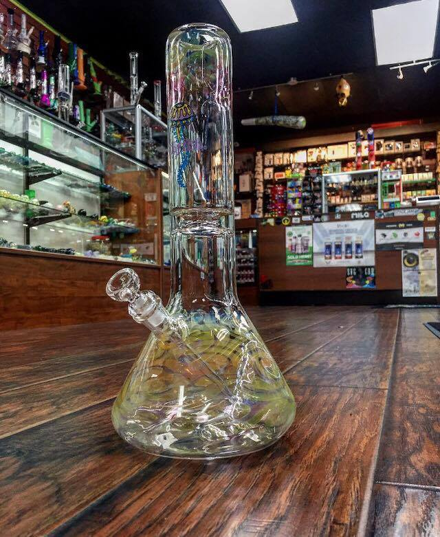 Tobacco, Rolling Papers, Pipes, Water Pipes, Acrylic Water Pipes, Glass Water.