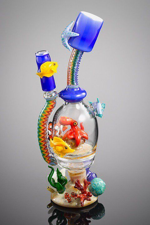 amazing piece of smoking pipe. dab rig or water pipes