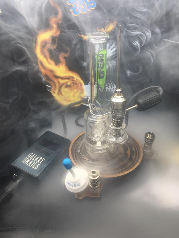 ZOB dab rig with galaxy enail perfect for every occasion wonderful piece.